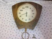 Настенные маятниковые часы