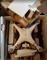 DJI Phantom 3  Advanced Quadrocopter mit 1080P HD Kamera